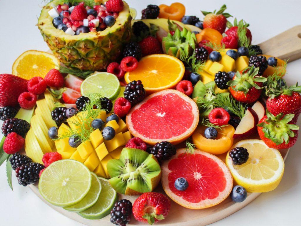 Mangiare la frutta dopo i pasti fa ingrassare?